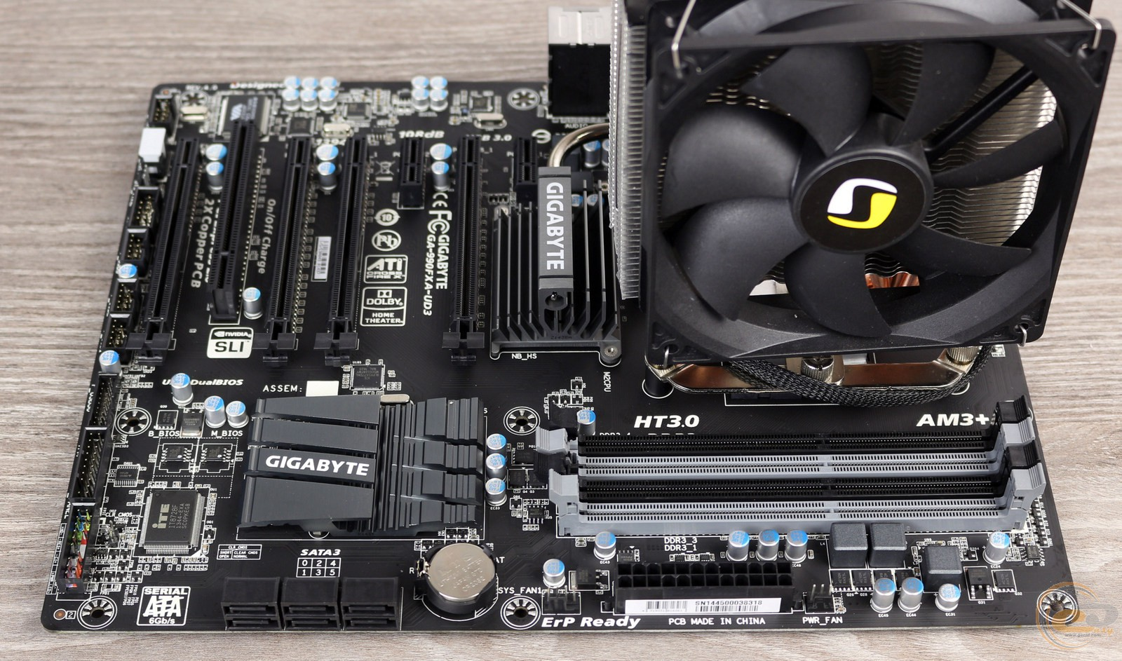 GECID.com: Motherboard GIGABYTE GA-990FXA-UD3: review and