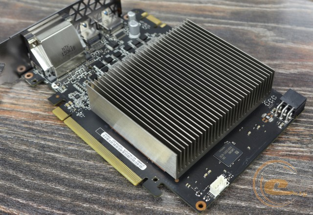 ASUS Turbo GeForce GTX 960 (TURBO-GTX960-OC-2GD5)